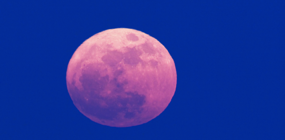 Here's What Last Night's Pink Supermoon Was About - Girls United